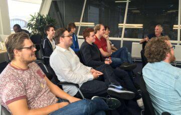ICT studenten Hogeschool Utrecht brengen bedrijvenbezoek aan Ritra Cargo